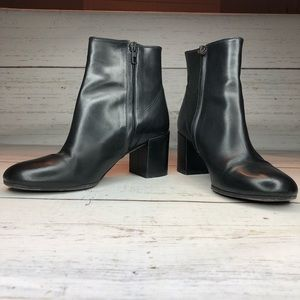 Vince Black Leather Ankle Heel Boots Round Toe